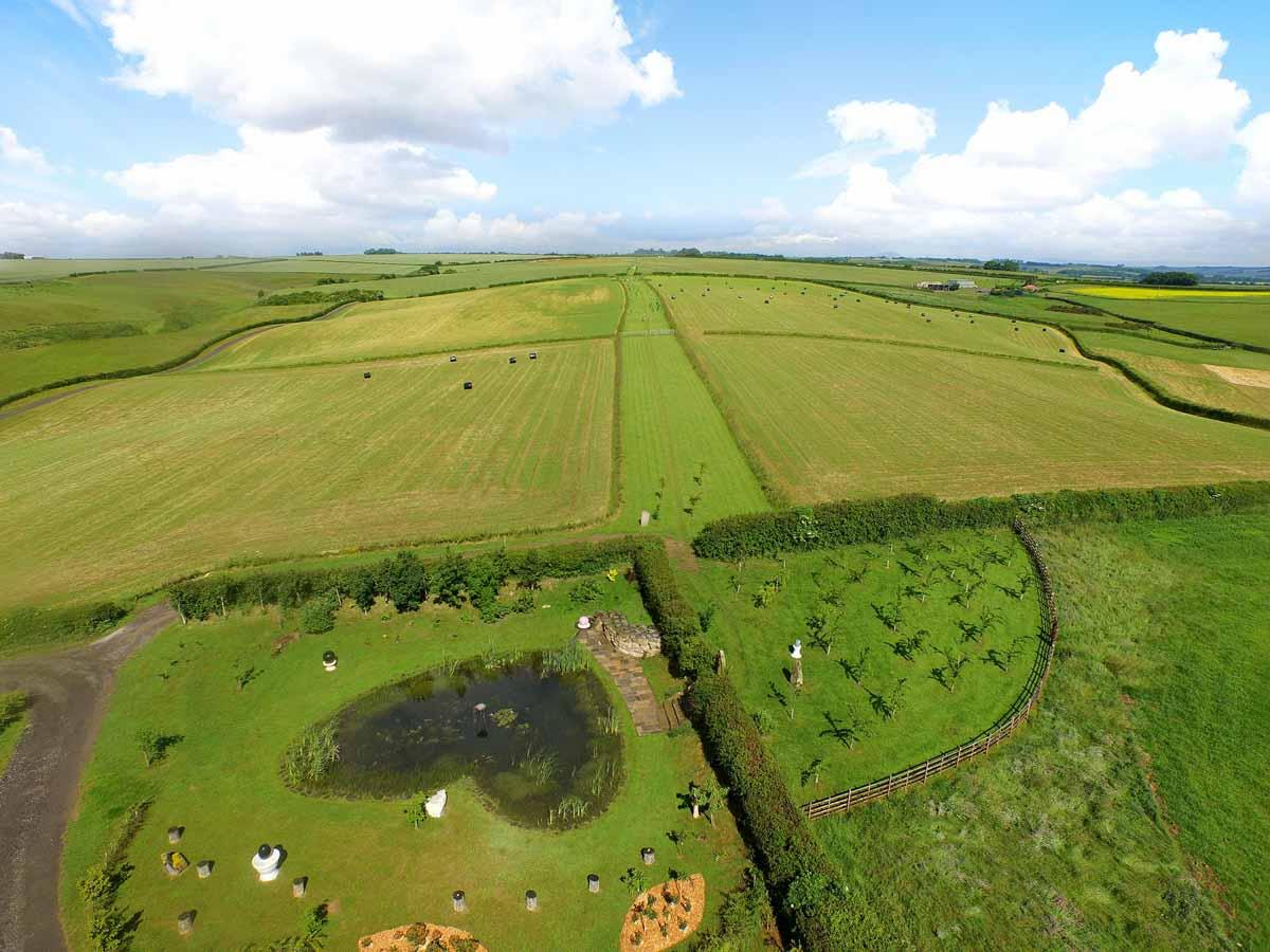 La-terra-di-shire-farm-aura-soma-associazione-armonia-rovereto