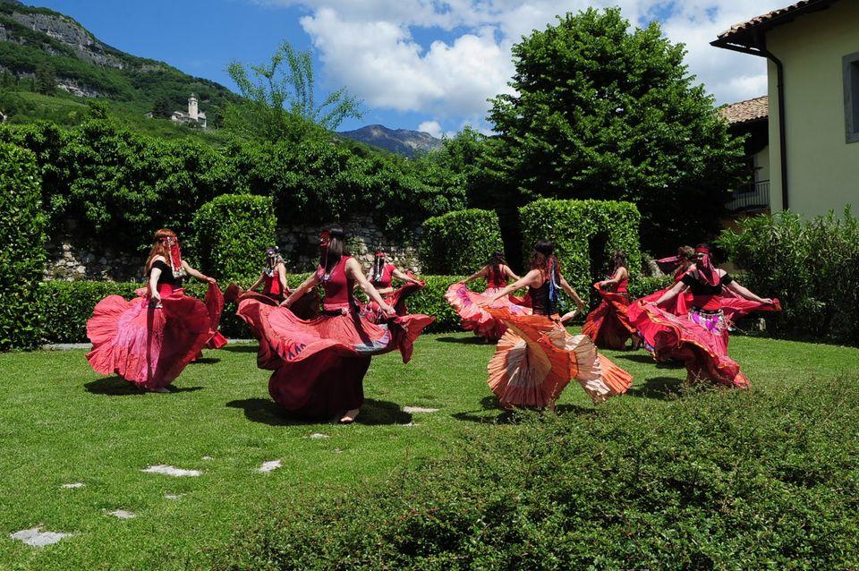 Nogaredo-danza-gipsy-associazione-armonia